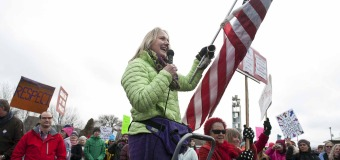 TO THE STREETS! WESTERN SLOPE WOMEN JOIN VOICES IN NATIONAL PROTEST OF TRUMP, SUPPORT OF WOMEN'S RIGHTS